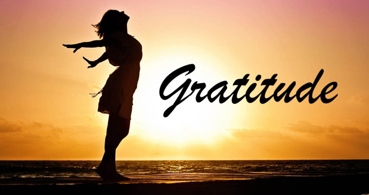 Gratitude-and-happiness-The-link-based-on-neuroscience-720x380